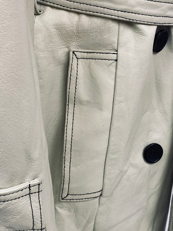 Vintage 1970's White Leather Trench Coat - image 6