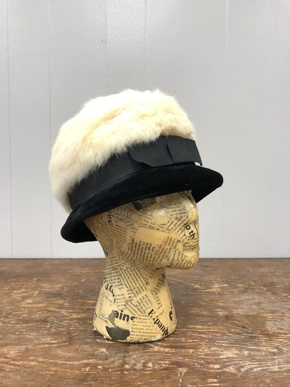 1960's Rabbit Fur and Velvet Hat - image 1