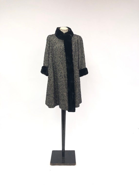 Vintage 1940's Fur Trimmed Swing Coat