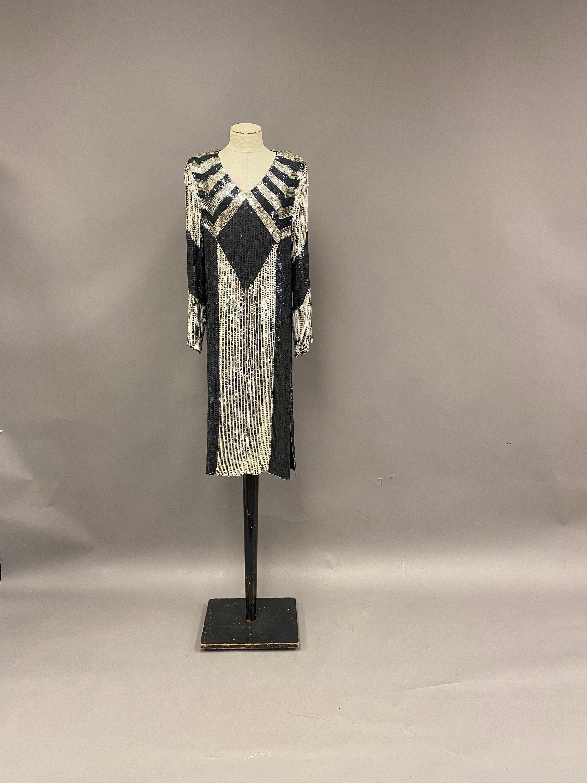 80s Dresses | Casual to Party Dresses Vintage 1980s Silk Sequin Beaded Shift Dress $0.00 AT vintagedancer.com