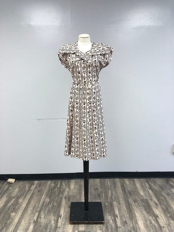 Vintage 1970's Maternity Dress