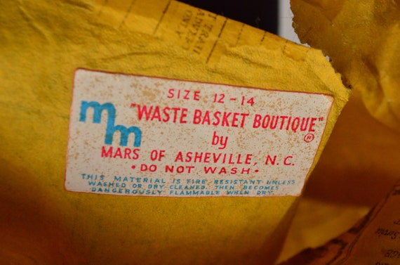 1960's Waste Basket Boutique Yellow Pages Paper D… - image 8