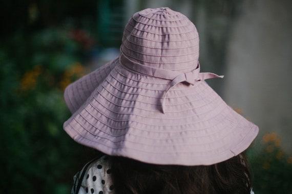 Vintage Summer Hat,  Mod Beach Sun Hat , Bow Hat