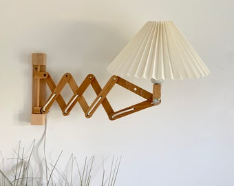 Danish designed beech wood scissor lamp with new, Lekrazyhorse, knife pleated upper lampshade. Scandinavian retro interiors!
