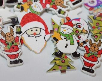 20 WOOD CHRISTMAS BUTTONS RANDOM SNOWMAN ON SLEDGE PATTERN  CRAFTS SCRAP BOOK