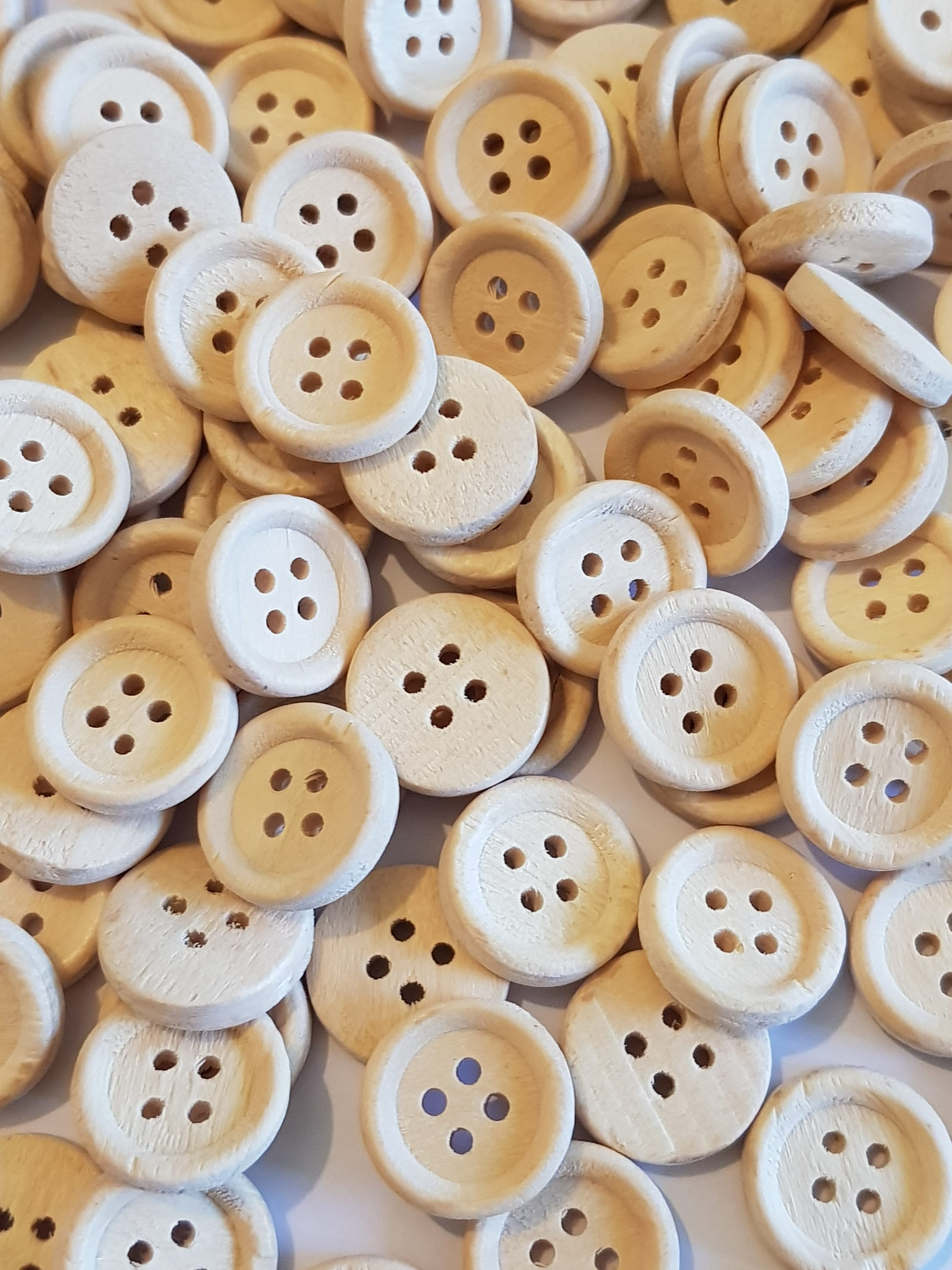 20pcs Vintage Wooden 4 Holes Round Wood Sewing Buttons Craft Scrapbooking 30mm
