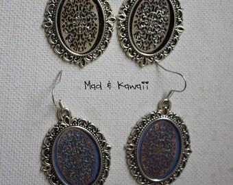 Dangle earrings cameo lace