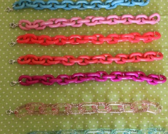 Plastic chain bracelet * discontinued *.