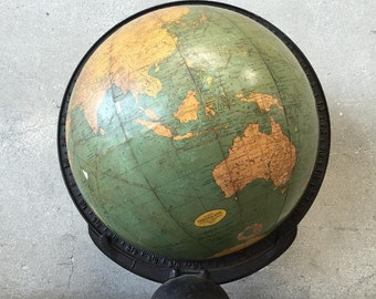 Old World Globe (DUNQUX)