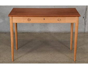 Hans Wegner RY32 'Ladies' Desk (3BPPWD)