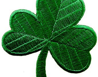 LUCKY IRISH CLOVER patch iron-on embroidered Shamrock Ireland Dark Green applique