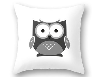 Owl pillow cover. Black and white nursery pillow White nursery decor black and white baby decor baby owl decor owl pillow owl cushion
