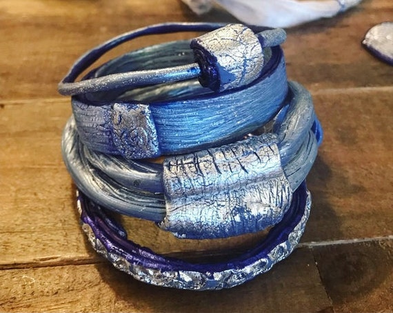Blue Bangle Set - Set of 5 - Stacking Bracelets - Statement Bangle Bracelet - Polymer Clay Bracelet - Bridesmaid Gift - Organic Bracelet