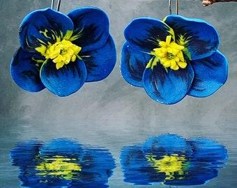 Flower rarrimgs, blue earrings, blue &yellow, dangle drops, statement jewelry, polymer clay jewelry,light weight earrings, boranical jewelry