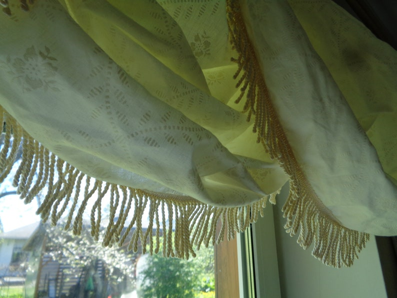 Vintage Curtain Balloon Valance with Fringe; 100/% Cotton Valance made in UK ~H15 x ~W50 Cream Color Valance; Kitchen Curtain; Boho Curtain