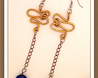 Handmade MWL venetial blue glass and wire design. 0157