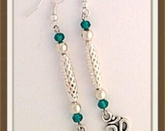 Handmade MWL silver and green long dangle OM earrings. 00003