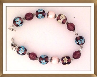 Bracelet by MWL lampwork glass beads, oearls and faceted beads from New York. Handmade 0215