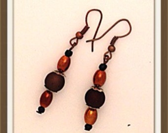 Handmade MWL brown and copper dangle earrings. 0124