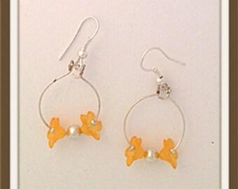 Handmade MWL orange flower hoop earrings. 0082