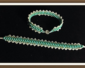 Bracelet Handmade by MWL super duo turquoise beaded bracelet. 0188