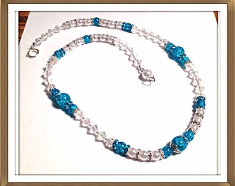 Handmade MWL pearl and blue crackle beaded necklace. 0288