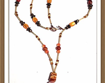 Handmade MWL beautiful brown, orange and red necklace. 0078