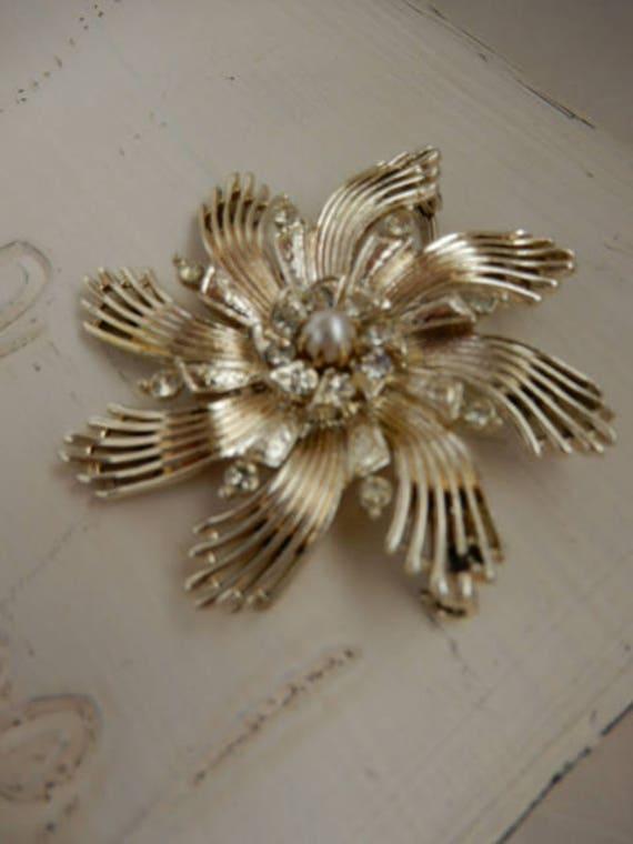 Vintage Ceil Chapman Gold Tone Brooch - image 3