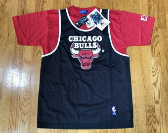 2958a6d58d8ea NEW Vintage 1990s Chicago Bulls Starter Jersey + Shirt Mens M    Michael  Jordan Era scottie pippen dennis rodman jersey champion jacket nba