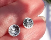 Etched, dish, round, earrings, studs, sterling silver, ear studs, engraved, cute, everyday jewellery, simple,