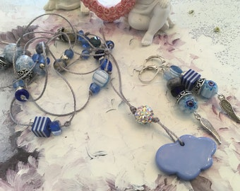 finery blue beads