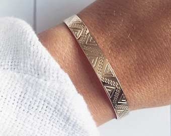 Bracelet gold plated geometric engravings 750 - rush listings - gold plated bangle 18 k