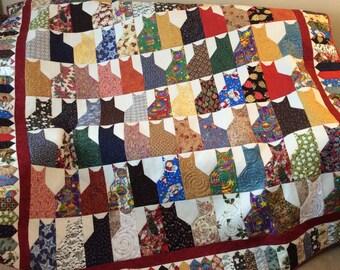 Crazy cat quilt, scrappy cat quilt, cat lovers quilt, Christmas cat quilt, double bed size quilt, multi coloured full size quilt