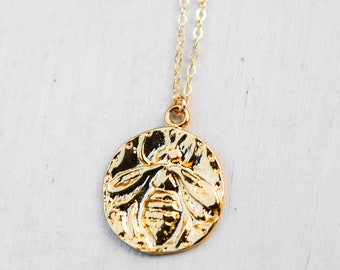 Gold HoneyBee Medallion Charm/18""