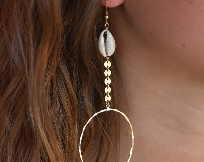 Cowrie Coin Hoop/14k Gold Filled