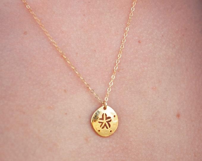 "Sand Dollar Charm Necklace/16"""