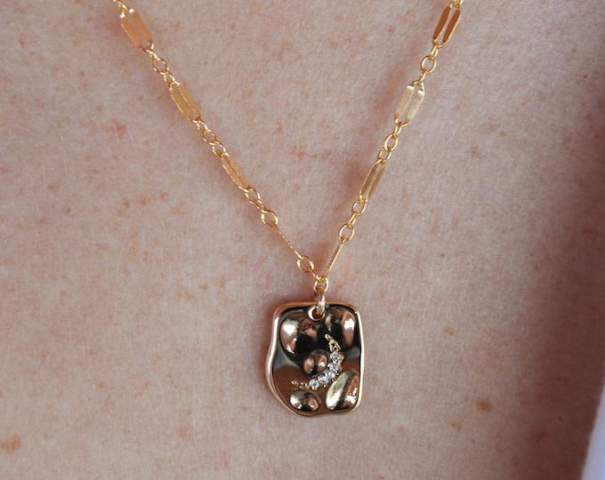 "Sparkle Chain/Moon Charm Necklace/16"""