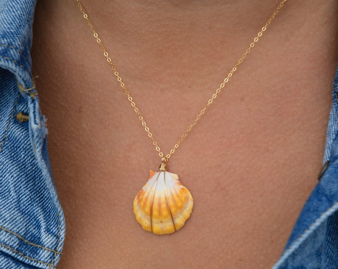 """Bright Yellow Sunrise Shell Necklace/14k Gold Filled/18"""""""