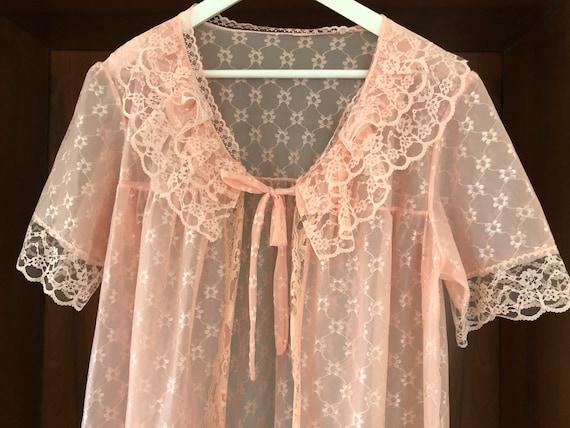 Scandinavian Vintage Pink Lace Dressing Gown, Brid