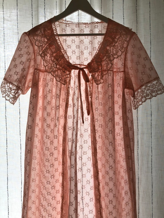 Scandinavian Vintage Pink Lace Dressing Gown, Bri… - image 2