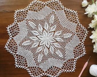 """Crochet doily, lace doilie, white, 14 1/2"""""""