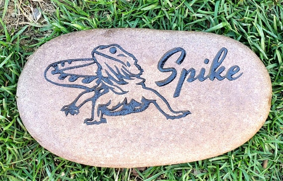"""Personalized Pet Memorial Stone,  5""""- 6"""", Engraved, Burial Grave Marker, Bearded Dragon, Beardie, Iguana, Reptile, FREE SHIPPING"""