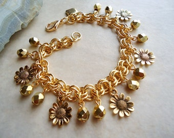 Flower Charm Bracelet.Crystals.Metal Chain.Gold.Silver.Beadwork.Bridal.Chunky.Fun.Toggle.Boho.Daisy.Cluster.Holiday.Statement. Handmade.