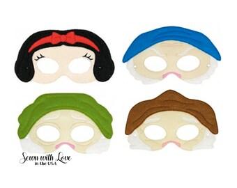 2109e9fb25c Snow White   The Seven Dwarfs
