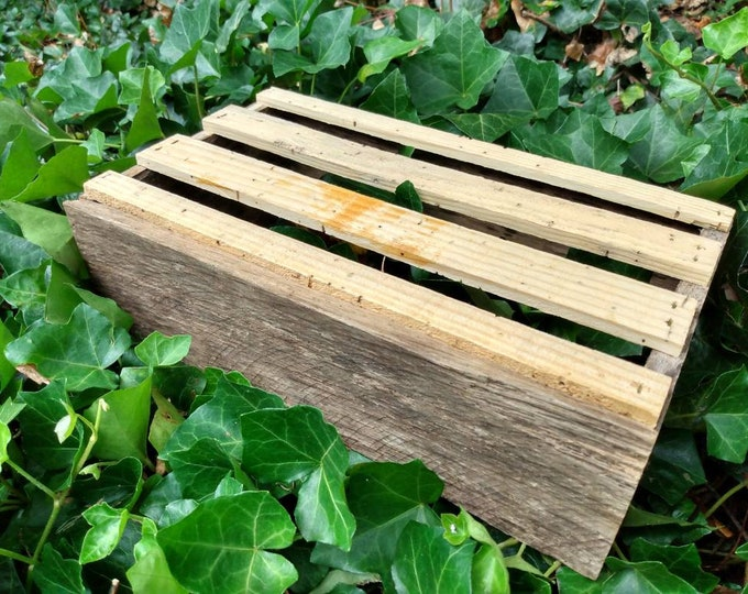 "Rustic Wood Pallet Box, 12""x7 1/2""x3 11/16"" OD, planter box, pallet box, repurposed wood box, wood storage box, decorative box, wood gift"