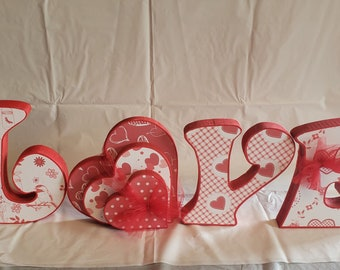 Valentine's love wood sign