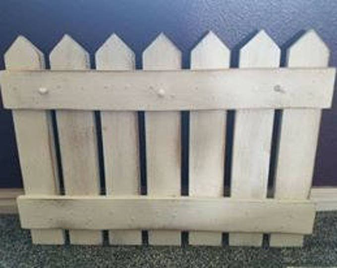 Interchangeable Fence for season/holiday kits
