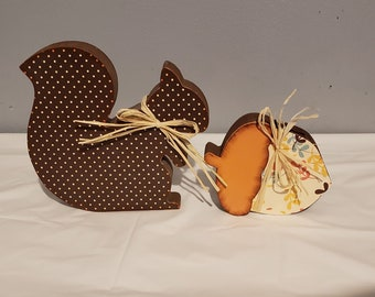 Fall/Autumn wood squirrel and acorn Craft/decor