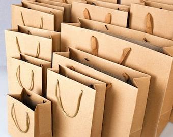 4248dc89c18 10 x Kraft Paper Bags with Handle   Kraft Shopping Bags   Weddings   Gift  bags   Favor bags   Kraft Gift Bags   Plain bags TZ111