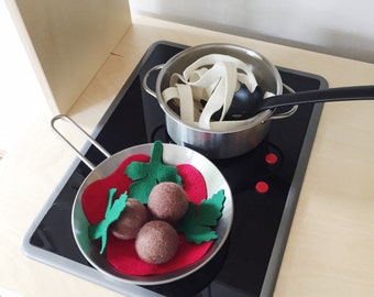 Felt Play Food For Play Kitchen, Spaghetti and Meatballs, Tomato Sauce, Parsley